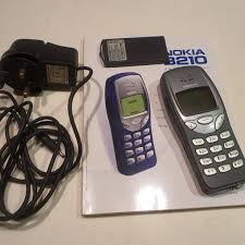 Vintage 20yo Nokia 3210 with box ...