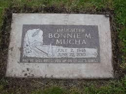 """Bonovita M. """"Bonnie"""" Mucha (1948-2010) - Find A Grave Memorial"""