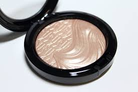 makeup from top highlighter mac whisper of gilt mac extra dimension skinfinish18