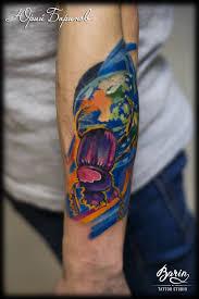 татуировка жука скарабея татуировка земли жук скарабей катит землю
