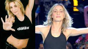 Amici, l'ex ballerina del serale Maria Zaffino annuncia che diventerà nonna  a soli 44 anni