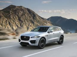 2017 Jaguar F-PACE 2.0d R-Sport AWD Diesel (Color: Rhodium Silver) - Front  Wallpaper 1600 X 1200