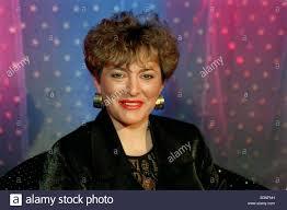 Nina Hilton TV Presenter November 1998 Live Tv presenter Mirrorpix ...