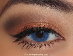 mac e s in rule apply along entire crease mac pigment in copper sparkle apply wet on lower lid using a sponge tipped