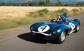 1955 Jaguar D-Type Pictures | Photo Gallery | Car and Driver
