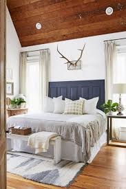 Magnificient farmhouse master bedroom decor design ideas Pinterest Magnificient Farmhouse Master Bedroom Decor Design Ideas 19 Decoratrendcom 54 Magnificient Farmhouse Master Bedroom Decor Design Ideas