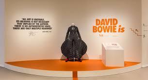 Risultati immagini per mostra museo david bowie