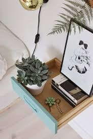 Idée du jour en table de chevet - DIY - | Interior | Bedroom ...