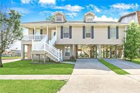 Venetian Isles Real Estate & Homes for Sale in New Orleans, LA. See All MLS  Listings Now!