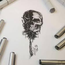 тату эскиз спичка и череп эскиз нарисован маркерами Copic и