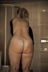 Porn pics of sarah big butt german phat ass Page 1