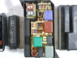used fuse box toyota corolla spacio gf ae111n be forward auto parts used fuse box toyota corolla spacio gf ae111n be forward auto parts