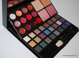 holiday exclusive palettes from avon mark