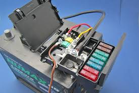 battery mounted fusebox fuse holder types at Fuse Box Mounts