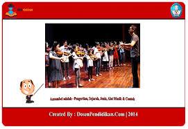 Penggunaan alat musik dalam sajian ansambel dapat menggunakan alat musik yang memiliki unsur melodis, harmonis maupun ritmis. Ansambel Adalah Pengertian Sejarah Jenis Alat Musik Contoh