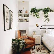 things to decorate room with