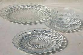 red glass dinnerware clear glass dish set vintage anchor hocking bubble pattern clear depression glass dinnerware