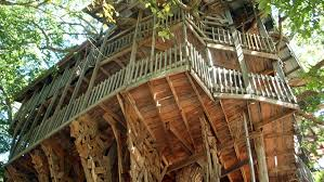 Massive Tree House In Crosville Tennessee The Largest In The Largest Treehouse In America