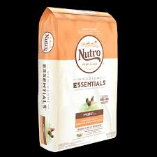 Nutro Wholesome Essentials Adult Farm Raised Chicken
