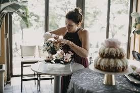 mn florist arranging table fl decor jpg