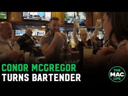 <b>Conor</b> McGregor talks to young fighters; Targets <b>new</b> UFC belt ...