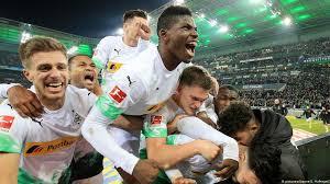 Borussia mönchengladbach ii is a german association football club from the town of mönchengladbach, north rhine westphalia. Borussia Monchengladbach Back For Good After Bayern Comeback Sports German Football And Major International Sports News Dw 07 12 2019