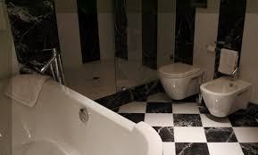 Legno Bianco Nero : Pareti rivestite in legno bianco triseb