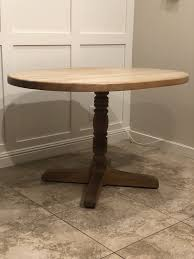 round table l 47 5 x w 35 5 x h 30 for in costa mesa ca offerup