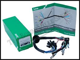 genuine lucas brand norton commando 750 850 headlight wiring harness genuine lucas brand norton commando 750 850 headlight wiring harness 1972 74 pn 54960724
