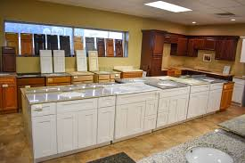looking for affordable quality kitchen and bathroom cabinetry at lakeland liquidation we offer top quality all wood kitchen cabinets and bathroom