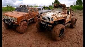Vaterra Ascender Blazer k5 против <b>Axial SCX10</b> Jeep Wrangler G6 ...