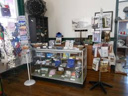 the tarpon springs area historical society inc it features a variety of books gifts vine photographs post cards train memorabilia and novelties