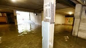 100 fußboden wurden 440 mal beurteilt. Uberschwemmte Siedlung In Schwabing Weiter Arger Munchen Sz De