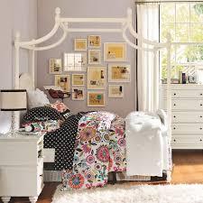 teen bedroom wall decor. Simple Bedroom Bedroom Teen Bedroom Wall Decor Innovative For  With Pillows Blanket On S