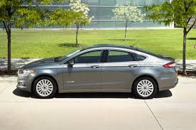 Ford Fusion Hybrid Reviews And Rating Motor Trend - Ford fusion exterior colors
