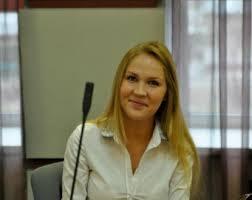 Выпускница Академии Мария Шошина получит свой красный диплом в  Выпускница Академии Мария Шошина получит свой красный диплом в Москве