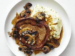 steak marsala with cauliflower mash
