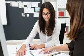 tips for surviving an overbearing supervisor latina moms supervisor