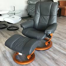 stressless chelsea small mayfair paloma rock leather recliner chair and ottoman by ekornes