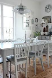 paint cur dining table w white top and grey legs
