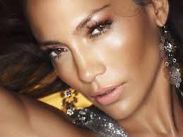 if you ve ever tried to mimic jennifer lopez s infamous glow you probably reached for heavy bronzers and shimmery powders and ended up looking like snooki