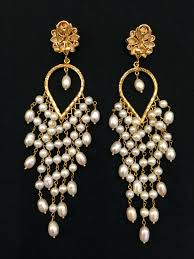 chandelier with pearls gold pearl chandelier earrings chandelier pearls chandelier with pearls