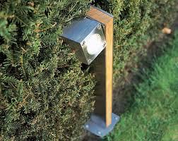 exterior path lighting. q-bic bollard exterior path lighting