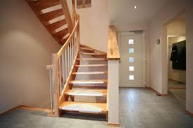 Treppe nach maß estoril von dolle holztreppe klassischer landhausstil hochwertige verarbeitung» jetzt informieren! Vollholztreppen Fingertreppen