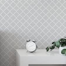 light grey geometric wallpaper