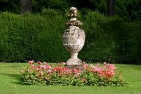 garden decorations. Garden Decorations