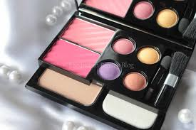 colorbar get the look makeup kit alluring beauty lakme s bridal box is designed by manish