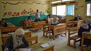 حقيقة إجراء امتحان الثانوية العامة في مصر ورقياً - منوعات - البيان