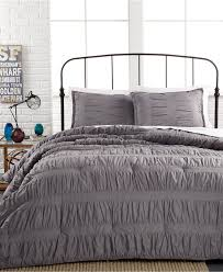great 1000 images about emily room on ians duvet ruched bedding anthropologie 3d0084e2ac8929a18e4470707c6 black pottery