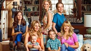 fuller house tv show. Simple Show The Postmillennial Cannedlaughter Life Lessons Of Full House Revival Fuller  Will Continue On Netflix With Season 3 Inside Tv Show Den Geek